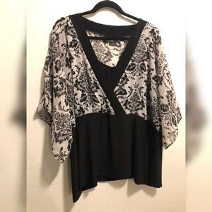 Avenue black and white shirt 2/ $20